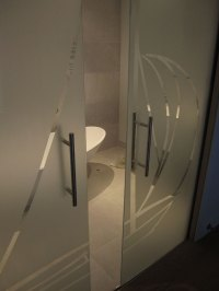 Veon Glass | Bespoke Structural Glass Solutions  Sliding ...