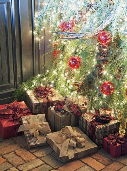 christmas decoration 25 Christmas Decoration Ideas - Christmas Decorating Through Three Decades