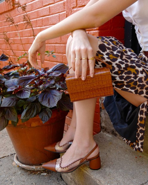 leopard midi skirt outfit details accessories