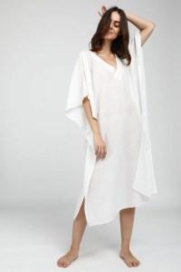 woman dressed with Neu Nomads Sayulita Kaftan White