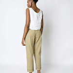 black woman with Brisa Top Off White Slow Fashion