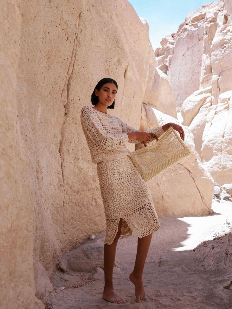 woman Wearing Ayni Crop Sweater