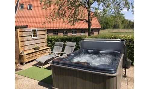 vakantiehuisje met jacuzzi in Nederland Overijssel
