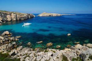 Škola GV Malta nalazi se u blizini najlepsih plaza na ostrvu