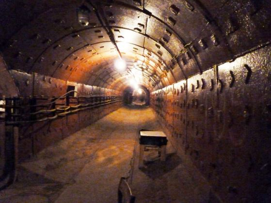 Staljinov bunker, 3