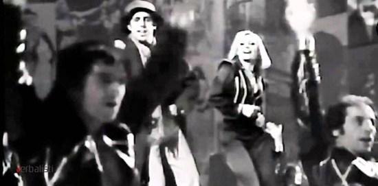 lazni engleski i pesma Prisencolinensinainciusol, Adriano Celetano, Verbalisti