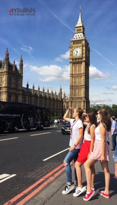 Poziranje ispred Big Bena