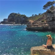 Marija na plaži Santanyi