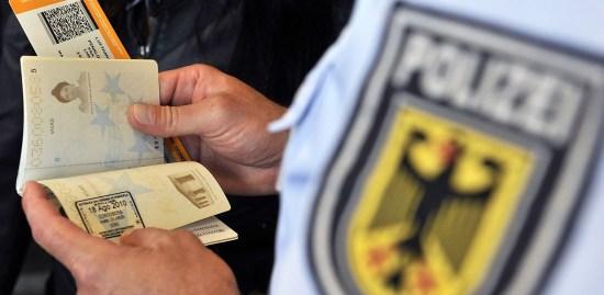 Koja je razlika između boravišne dozvole i vize za traženje posla u Nemackoj, PRODIREKT