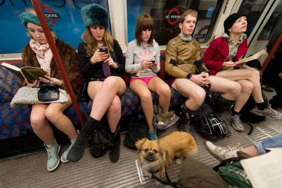 No Pants Subway Ride in Bucharest