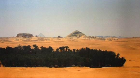 Paesaggio egiziano, Piramidi