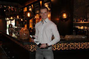 Jongste wijnleverancier uit Nederland Jongste wijnhandelaar uit Nederland Jordy Verboon Verboon Wines Wijn Berkel Wijn Bergschenhoek Wijn bezorgen aan huis Jong Ondernemer scaled
