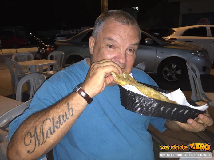 Depois dos 58 Caquis José Rubens arrematou 18 pastéis em Marataízes