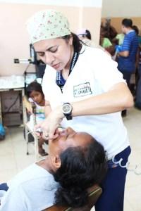 2 La comunidad recibió atención médica y odontológica