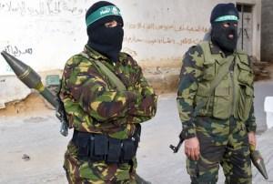 14-15 (2) Palestina Hamas_Fighter