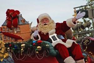 """""""El Señor nació en humildad siendo Rey... así debería ser nuestra celebración de la Navidad y no una festividad consumista y con impostores (el Gordo de rojo)"""""""