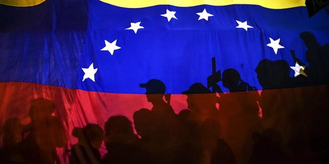 VENEZUELA: Ictus o coma inducido
