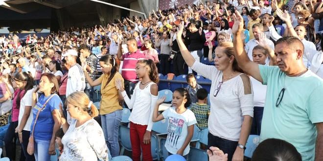 Estadio de Guatamare quedó conquistado con la Palabra Santa de Dios