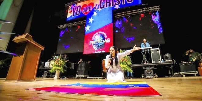 """Yesenia Then: """"en medio del dolor y la tristeza es como muchos venezolanos se han acercado a Dios"""""""