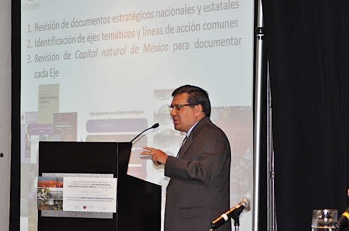 Hesiquio Benítez Díaz, Director General de Cooperación Internacional e Implementación de la CONABIO. Foto: Agustín Melgar /  Planeta Azul