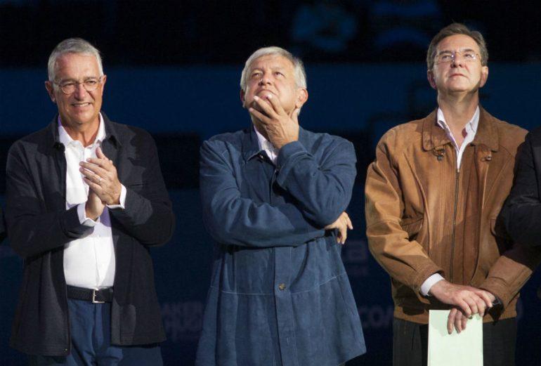 Ricardo Salinas Pliego con Andrés Manuel López Obrador y