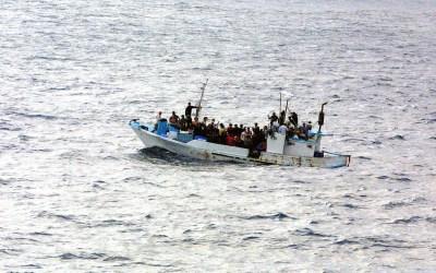 EU loukkaa ihmisoikeuksia Välimerellä ja Suomikin voisi ottaa huomattavasti lisää pakolaisia