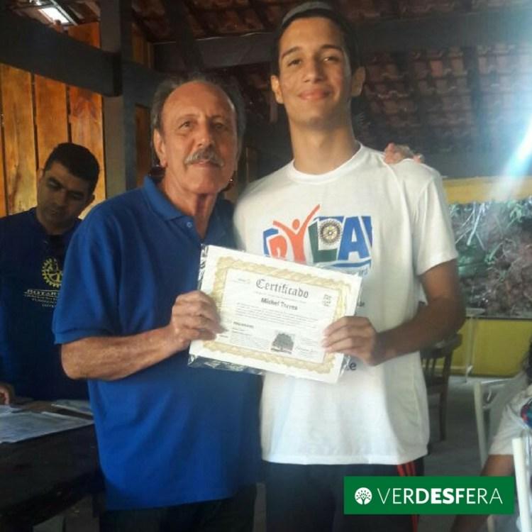 Jovens líderes certificados