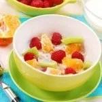 colazione-con-i-cereali-e-al-frutta