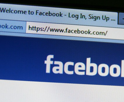Using Facebook as a Discovery Device