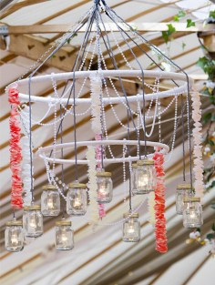 vintage-pearls-and-lace-wedding_decorators-01