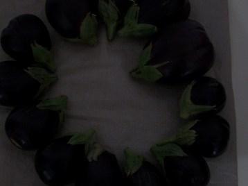 berenjena-de-florencia-negra-redonda-2