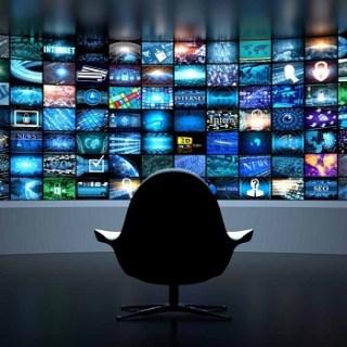 media, en politiek