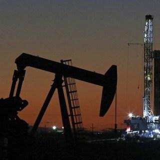 minder olie, Suriname. NL2021
