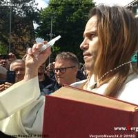 Il sedicente esorcista Padre David dopo Vergato lo ritroviamo a Bibbiano
