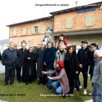 Vittorio Sgarbi a Vergato incontra le opere di Luigi Ontani ma non solo