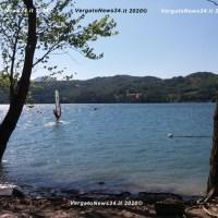 Lago di Suviana (BO) - I  Vigili del Fuoco testano un nuovo elicottero con cannoncino frontale