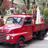 La Processione s'ha da fare - Vergato festeggia la Madonna della Provvidenza con il giro del paese su un automezzo e auto al seguito