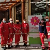 L'Italia rinasce con un fiore... vaccini in ferramenta (F.lli Benassi) a Vergato
