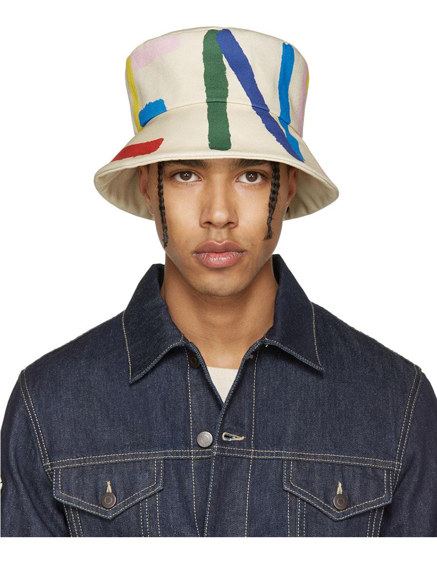 8344c765c25a Fendi hats Luxury Catalogue · VERGLE