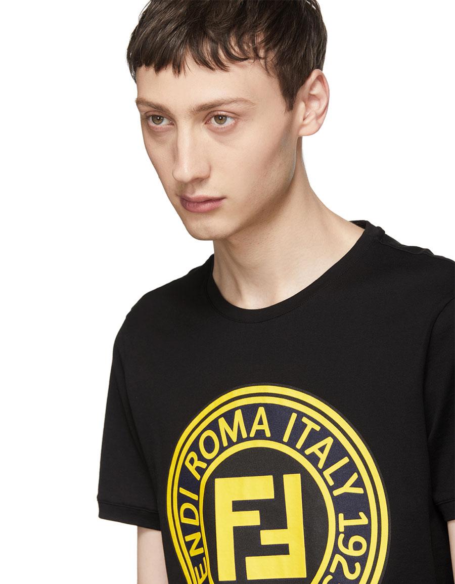 2b7d28ecc FENDI Black 'Roma' Logo T-Shirt · VERGLE