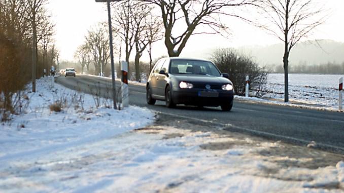 Die meisten Autofahrer sind von den eigenen Fähigkeiten überzeugt - gerade bei widrigen Wetterverhältnissen merkt man aber schnell, dass Trainings sinnvoll wären. - Foto: djd/DVR