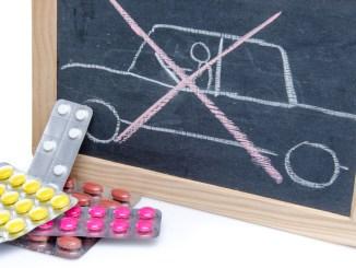 Die wenigsten Autofahrer sind sich bewusst, wie sehr Medikamente die Fahrtüchtigkeit beeinträchtigen können. - Foto: dtd/thx