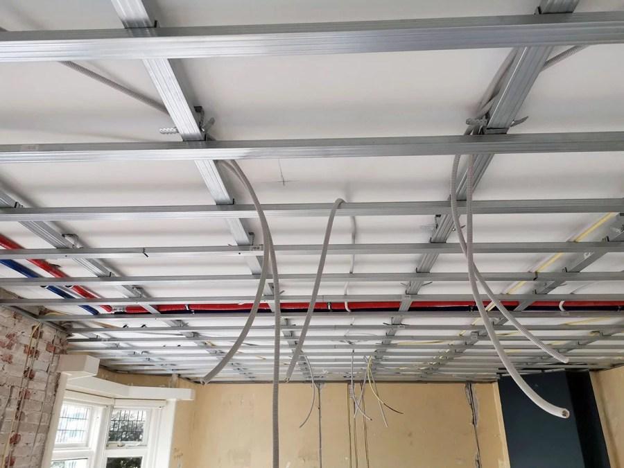 Metal stud profielen verlaagd plafond