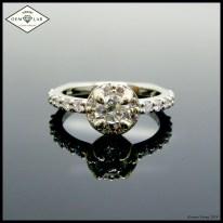 Two tone halo ring diamonds