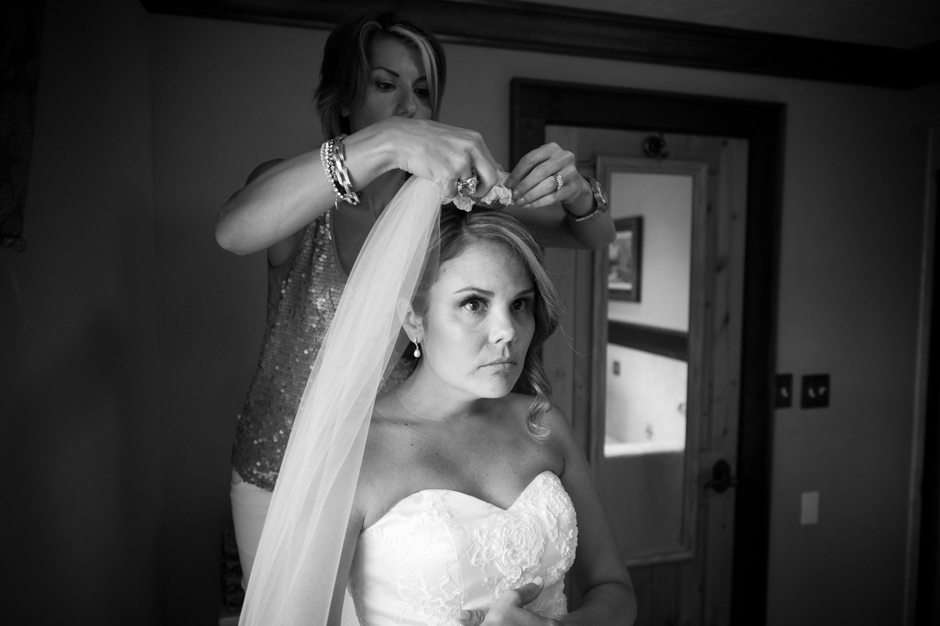 vermont-wedding-photographers-duback-photography-mountain-top-inn-013