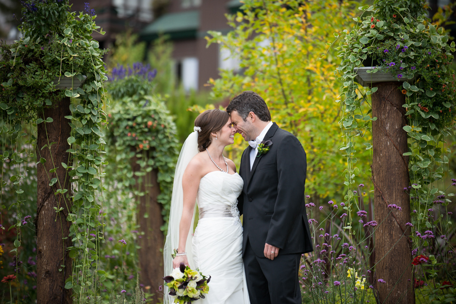 vermont-wedding-photographers-duback-photography-whiteface-club-013