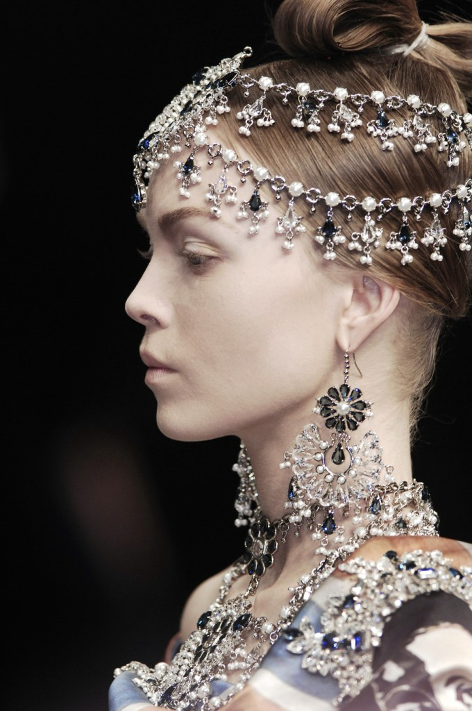 ALEXANDER McQUEEN: THE GIRL WHO LIVED IN THE TREE AW 2008