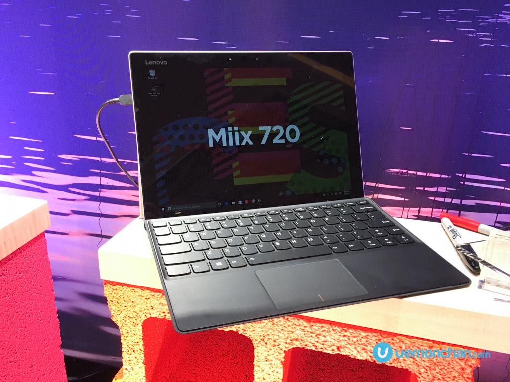 CES2017 Lenovo Miix 720