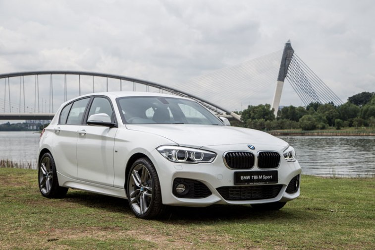 bmw unleashes new bmw 118i m sport and bmw 330e m sport in. Black Bedroom Furniture Sets. Home Design Ideas