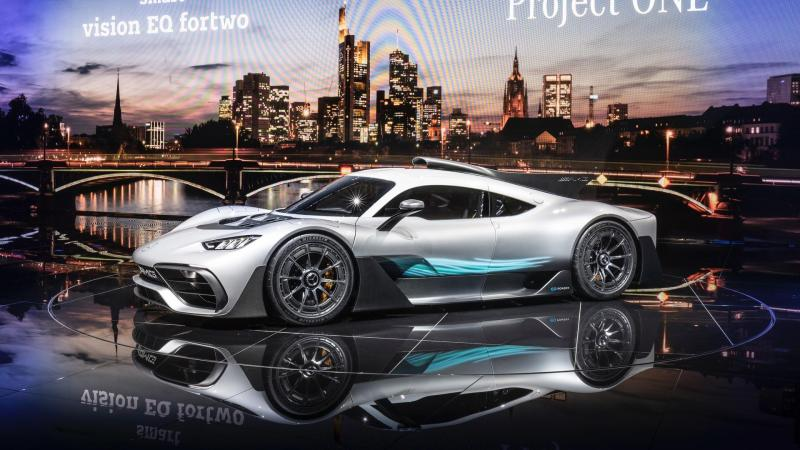 https://www.motor1.com/news/179860/mercedes-amg-project-one-reveal/